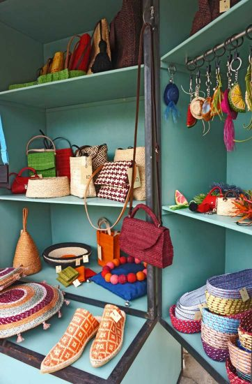 road stand with handcrafts made in Sivas, Crete